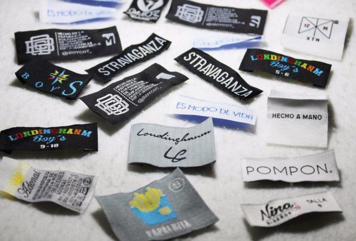 etiquetas tejidas para ropa