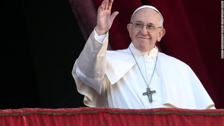 """El Papa Francisco aseguró que el consumismo """"ha secuestrado la Navidad"""""""
