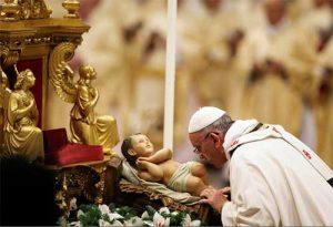 El Vaticano adelantará la misa del Gallo por el toque de queda en Italia