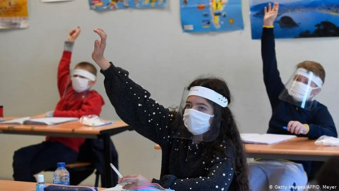 coronavirus en la escuela