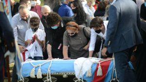 Carlos Menem fue inhumado en el mismo lugar donde descansa su hijo
