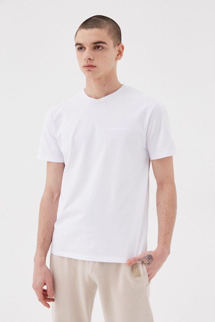 ¿Cómo podés lucir tu remera para hombre con estilo?